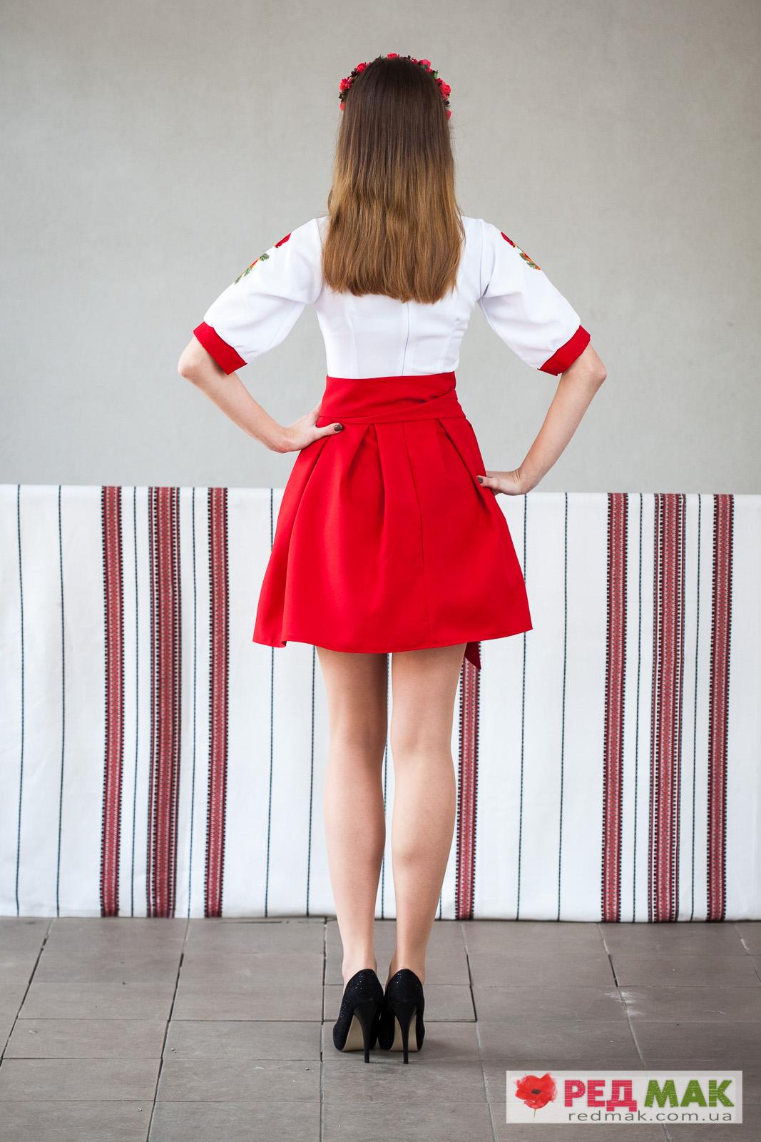 Червоне вишите плаття з маками 3edebefa92068