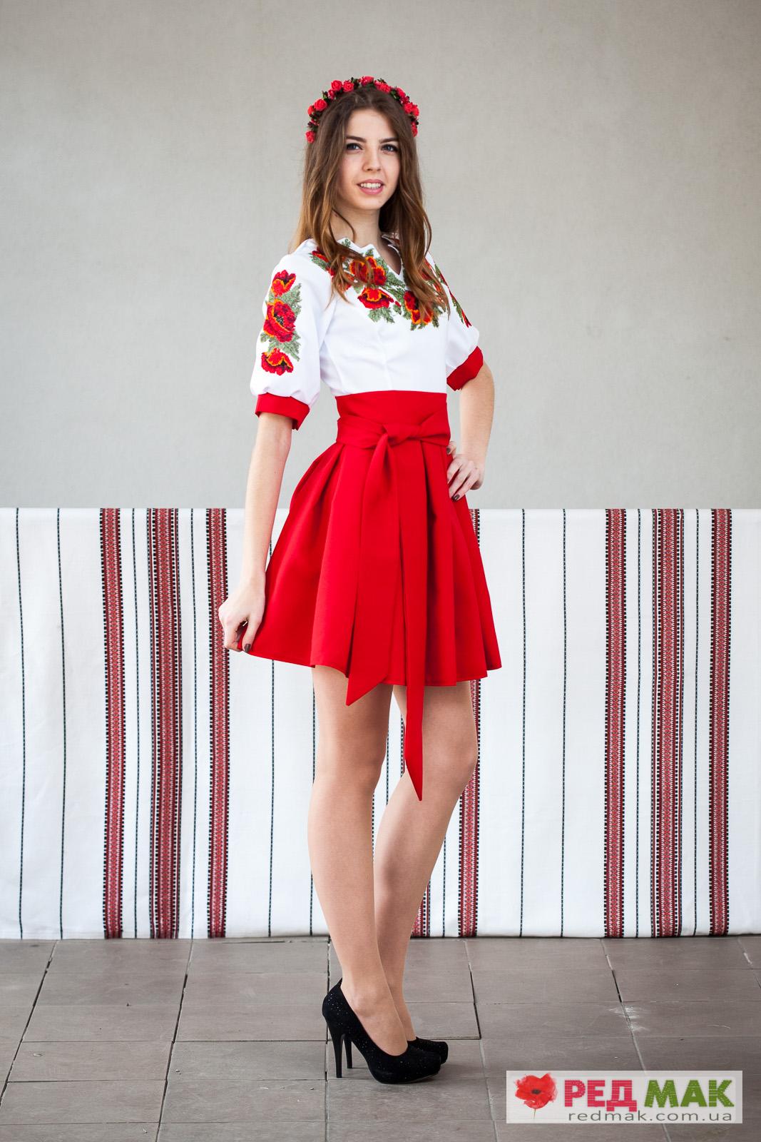 25006dbfb5b717 Червоне вишите плаття з маками