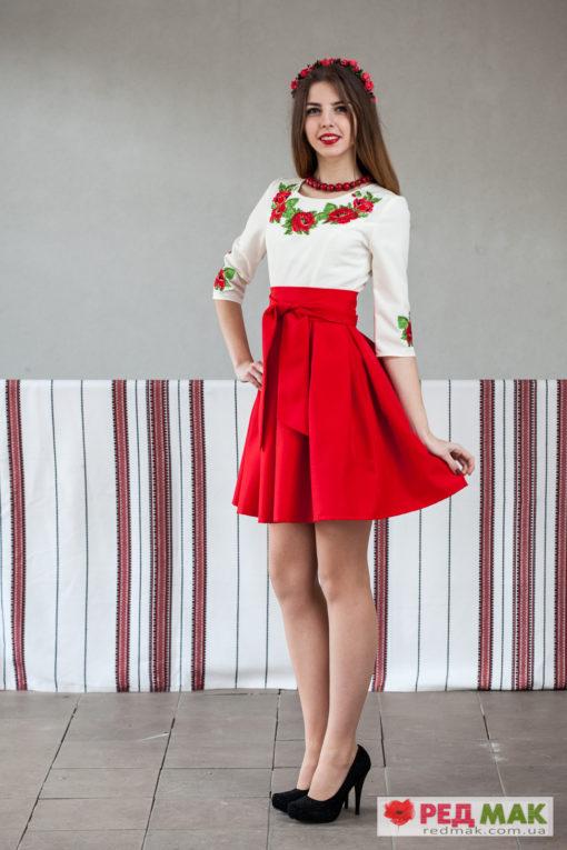 Червоне плаття з кишенями